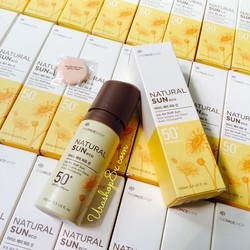 Ảnh số 28: KCN Natural Sun Eco Ice Air Puff Sun SPF50+/PA+++ The Face Shop - Giá: 310.000