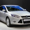Bán Ford Focus 2014 mới, Ford Focus 1.6AT, Focus 2.0AT, Ford Focus Hatchback, Focus Sedan giá tốt nhất, giao xe ngay