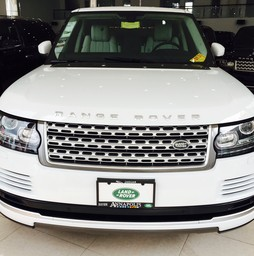 Range Rover HSE 3.0 màu trắng 2015 giao ngay.